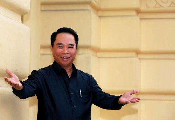 """Phạm Hồng Sơn: Một tổng giám đốc giàu """"chất nghệ""""!"""